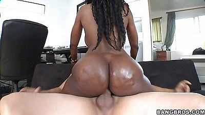Hot round ass and big tits from Naomi on cock