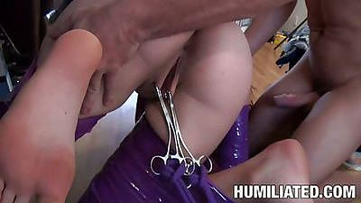 Holly Michaels gets multiple fingers up her asshole