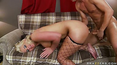 Phoenix marie white trash sits on cock anal fuck