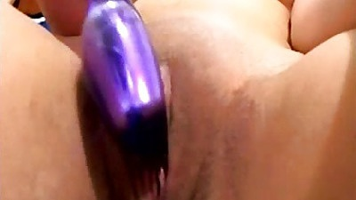 Home video dildo masturbation with latina Jade Rox