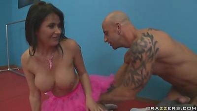 Big tits Eve Karera gets licked under ballerina skirt